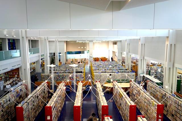 石狩市民図書館